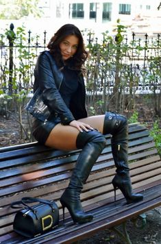 BootLadyWife deactivated — JSH beyond cute Just lovely Julie xxx Sexy boots. Black High Boots, Thigh High Boots Heels, High Leather Boots, Mode Outfits, Sexy Outfits, Looks Con Shorts, Womens Gothic Boots, Rihanna Style, Sexy Latex