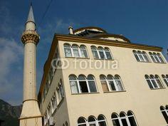Die Moschee mit Minarett im Dorf Dogancay bei Adapazari in der Provinz Sakarya in der Türkei