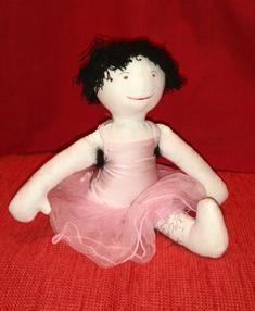 Tora älskar balett. Handgjord trasdocka Återvunnet material  Miljövänlig Ekologisk