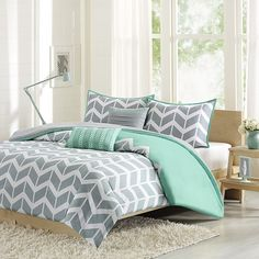 Grey and yellow bedding and gold bedding coral and tan bedding girls turquoise bedding blue and . grey and yellow bedding Teal Bedspread, Teal Comforter, Bedroom Design, Bedroom Diy, Bed Linens Luxury, Bedroom Green, Blue Bedding, Modern Bedroom, Comfortable Bedroom