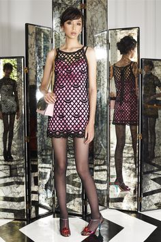 See the complete Marc Jacobs Resort 2015 collection.