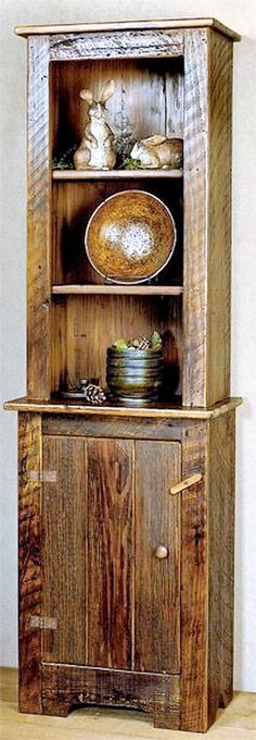 #DIY - Pallet Hutch (Dunway Enterprises) For more info (add http:// to the following link) www.dunway.info/pallets/index.html