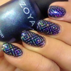 Uma's Nail Art: The Digit-al Dozen : December : Day One