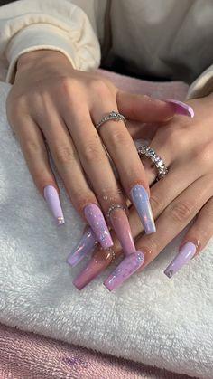 Installation of acrylic or gel nails - My Nails Aycrlic Nails, Bling Nails, Hair And Nails, Perfect Nails, Gorgeous Nails, Pretty Nails, Best Acrylic Nails, Acrylic Nail Designs, Coffin Acrylic Nails Long