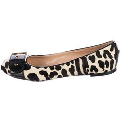 Pre-owned Giuseppe Zanotti Ponyhair Round-Toe Flats (305 PEN) ❤ liked on Polyvore featuring shoes, flats, animal print, animal print flats, flat pumps, buckle flats, pattern flats and giuseppe zanotti flats