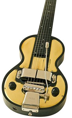 A 1930s Rickenbacher Spanish Model B 6-string with a Kauffman Vib-Rola