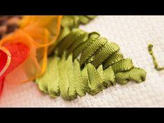 Hoy aprenderán a bordar las hojas del girasol que hicimos en el vídeo anterior... Las invito a seguir motivadas aprendiendo. de hojas grandes para un girasol 2/3 - YouTube