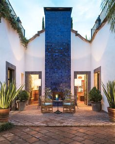 Courtyard at Hotel Amparo, San Miguel de Allende  - photo AD Mexico    #courtyard #mexicanstyle #hotelamparo Hotel San Miguel, Ad Mexico, Mexican Style Homes, Orchid House, Modern Sectional, Courtyard House, Puerto Vallarta, Modern Interior, Modern Contemporary