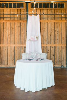 blush sweetheart table | Leslie D Photography | Glamour & Grace