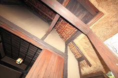 Wagoya is a traditional type of roof framing. This method uses post and lintels.