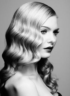 Charming Retro Wavy Hairstyle.  Love this!