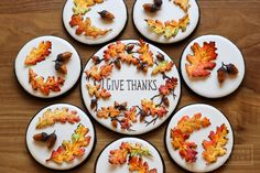 Autumn leaves and acorns cookie set by Aproned Artist Acorn Cookies, Fall Cookies, Spice Cookies, Cut Out Cookies, Pumpkin Cookies, Cute Cookies, Sugar Cookies, Cookie Cake Designs, Thanksgiving Cookies