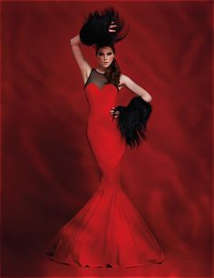 Woman in Red :: Tendances Magazine