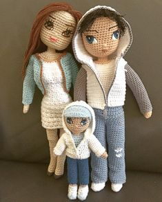 Little Family  #crochet #handmade #customdoll #crochetdoll #crochetboy #crochetfamily #crochetersofinstagram #dollclothes #amigurumi #amigurumidoll #amigurumis #amigurumis #amigurumitoy #amigurumifamily crocheted #crochetdollclothes #crocheting #crocheted #handmadedoll