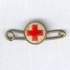 (Human Person) American Red Cross- People can be thankful for this because they help people all around the World. Red Cross Volunteer, Karma, Red Cross Society, Lone Wanderer, Vintage Nurse, American Red Cross, Nurse Life, Vintage Photographs, Little Red