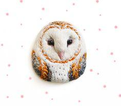 Barn owl . bird . brooch . handmade . felt . needle от cOnieco