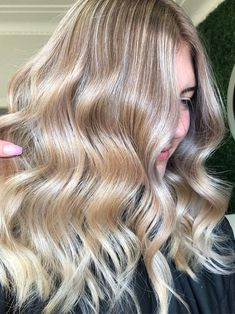 7 Hair Color Trends That Will Be Huge In 2019 Health- hairstyles 2019 color hairstyles 2019 medium 30 Hair Color, Latest Hair Color, Hot Hair Colors, Hair Color Shades, Spring Hairstyles, Cool Hairstyles, Latest Hairstyles, Woman Hairstyles, Holiday Hairstyles