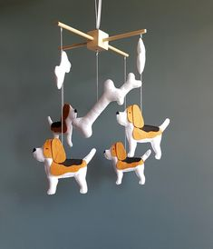Size Wooden mobile hanger - 10,6 inches (27 cm) dog - 6 inches (15 cm) big bone - 6 inches (15 cm) bone - 3.5 inches (9.2 cm)