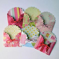 Scalloped envelopes - scalloped circles - secure with twine. Embellishments for art journals, ATCs, ACEOs, scrapbooking enveloppe mini Candy Cards, Scrapbook Embellishments, Scrapbook Cards, Scrapbook Photos, Diy Cards, Homemade Cards, Cardmaking, Craft Projects, Paper Crafts