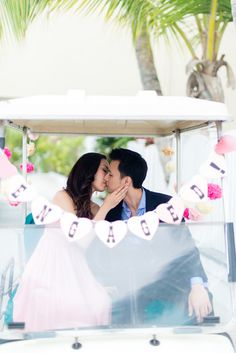 Romantic Bahamas Engagement Session By Lyndah Wells Photography | Bajan Wed
