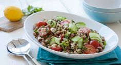 This simple Lentil Salad drizzled in a Lemon Herb Dressing will blow you away!  #lunch #beans #vegetarian