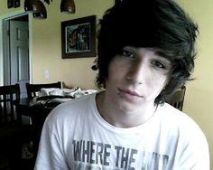 Ah he's gorgeous. And he has nice hair..(: