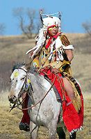 Plains First Nations rider in regalia, Wanuskewin Heritage Park, Saskatoon, Saskatchewan - Photo by Tim Graham Native American Horses, Native American Photos, Native American Artists, Sioux, Riding Mountain National Park, Navajo, Cultural Capital, Plains Indians, Tribal People