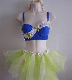 Cute idea for a rave outfit!