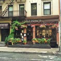 The Laundress flagship store's neighbor, Little Prince, is the cutest eatery for brunch, lunch and dinner. Outdoor seating on the restaurant's stoop makes it feel like you are somewhere in Europe.: