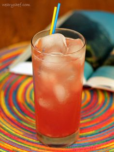 Cranberry and pineapple juices combine with vodka in this refreshing Bay Breeze Cocktail. Vodka Cocktails, Holiday Cocktails, Summer Cocktails, Cocktail Drinks, Cocktail Recipes, Alcoholic Drinks, Bay Breeze Drink, Bay Breeze Cocktail, Party Food And Drinks