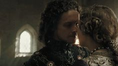 The Welsh Dragon & The English Rose King Henry VII and Queen Elizabeth in The White Princess Elizabeth Of York, Princess Elizabeth, Princess Mary, Medieval 3, Medieval Times, The White Princess Starz, Royal Tv Show, The Tudors Tv Show, Toby Regbo