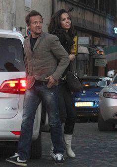 Sete Gibernau y Laura Barriales pasean su amor por las calles de Roma #celebs #people