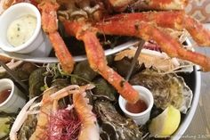 Serious seafood in Binic, Brittany – Compass heading Sailing Trips, Us Sailing, Merry Christmas To All, Christmas Greetings, Sea State, Living On A Boat, Big Sea, Willemstad, Compass