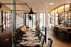 La Lampe Gras lighting in paris restaurant. Restaurant France, Cafe Restaurant, Restaurant Design, Commercial Design, Commercial Interiors, Lampe Gras, Bar Design Awards, Counter Design, Wallpaper Magazine