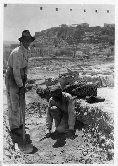 Athens. Athenian Agora; digging in [section] ΛΛ, 1937. Dorothy Burr Thompson