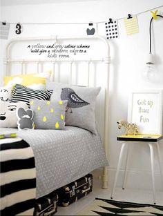 Love the colours !Charlotte love - chambre d'enfant - lit en fer - gris noir…