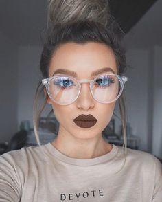 Dope chocolate brown @kyliecosmetics lipstick in 'True Brown' and @sunglassspot glasses - love! ❤ Tshirt @devotelondon  #kyliecosmetics #kyliejenner #kylielipkit #makeup #love