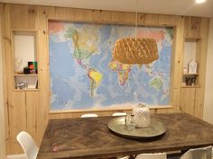 World map with recessed wall done by Holtz joinery