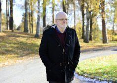 スウェーデン・ファールン(Falun)で、北欧で最も凶悪な殺人犯とされていたストゥーレ・ベルグワール(Sture Bergwall)元受刑者(2013年10月21日撮影)。(c)AFP/TT NEWS AGENCY/HENRIK MONTGOMERY ▼22Mar2014AFP|30人殺害と自白のスウェーデン「連続殺人犯」、一転無罪で釈放 http://www.afpbb.com/articles/-/3010754 #Sweden #Sverige #Suecia #Falun #Sture_Bergwall