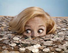 Приветствую, друзья! Ну, и при чем здесь финансовая яма, спросите вы, если речь идет о планировании?