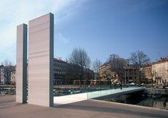 Memorial Bridge - Mrtvi Canal, Rijeka, Croatia (2001);  designed by 3LHD;  the 154 feet long pedestrian bridge is in memory of the Croatian war of Independence veterans;  photo by Aljosa Brajdic