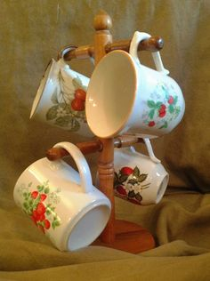 Strawberry Kitchen Collectibles | Vintage Strawberry Mugs with Tree Instant by VintageVitae on Etsy