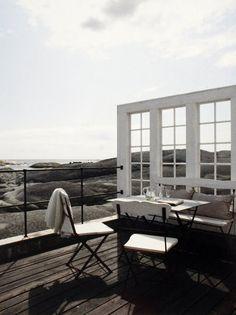 insynsskydd, sekelskifte, klassisk trädgård. vindskydd sommarstuga