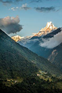 Machapuchare - New Chhomrong - Nepal