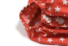 Cuidando cada detalle. Ranita de bebé color coral con estrellas en color beige #baby #SpringSummer2015 #corazondeleonkids #madeinSpain #moda #ranita #estrellas #coral #star
