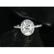 dream engagement ring ah! Simple, thin band, classic oval.