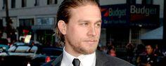 """Charlie Hunnam reconoce que fue duro """"decir adiós"""" a Christian Grey . """"Sentía que era interesante hacerme cargo de ese personaje y sentí que podría haber hecho un buen trabajo interpretando a Christian Grey, de lo contrario no lo habría aceptado desde el primer momento""""."""