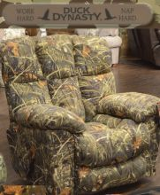 Duck Dynasty Camo Furniture Sales | Large Recliner | My Rooms Furniture  Gallery #DuckDynasty #CamoRecliner | Man Cave Furniture | Pinterest | Duck  Dynasty, ...