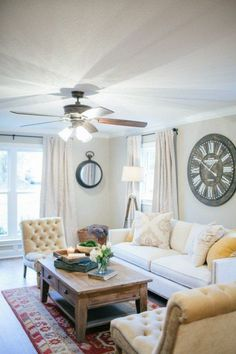 i love Fixer Upper and this coffee table!