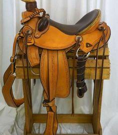Cascade wade with buck rolls and nightlatch! #securesaddle #trailsaddle #wadesaddle #customsaddle  Cascade Wade Saddles